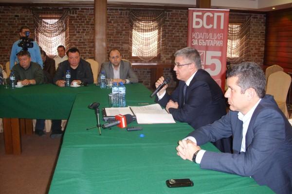 Димчо Михалевски се срещна с представители на Камарата на строителите  в Бургас.