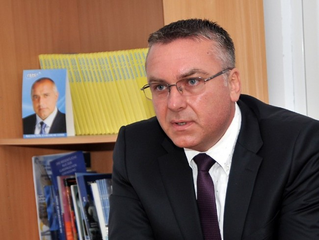 Народният представител от ГЕРБ Димитър Бойчев се среща с граждани в Несебър