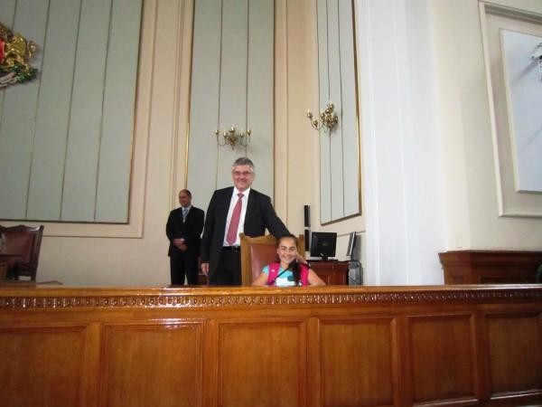 uchenici_parlament2