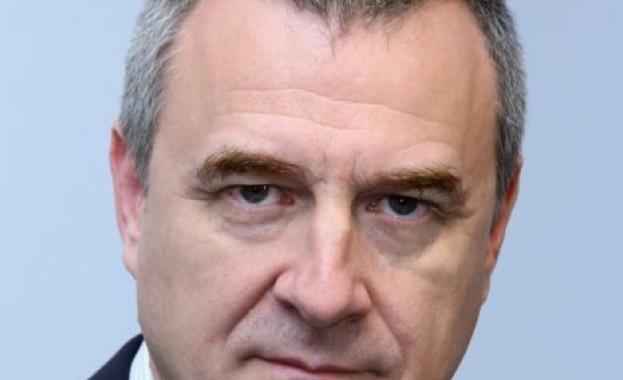 Йовчев: Докато има протестиращи, ще има и ограждения пред парламента
