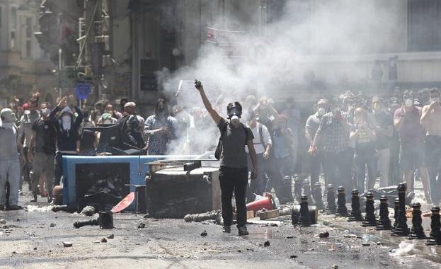 В Истанбул става страшно