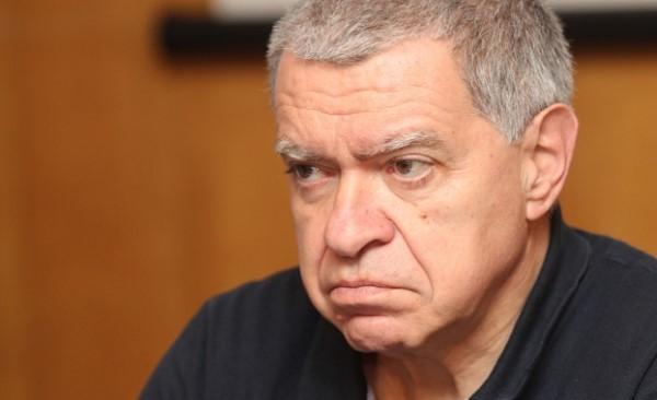 Константинов: Страната е заложник на антагонизма на двама лидери