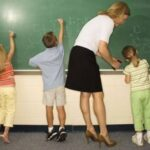 10% по-високи заплати за учителите