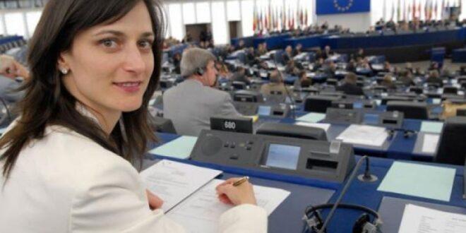 Избраха Мария Габриел от ГЕРБ за зам.-председател на Групата на ЕНП в Европарламента