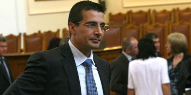 Още един депутат от ГЕРБ става независим