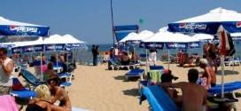"""9 български плажа отличени със """"Син флаг"""". Сред тях са плажове  на Слънчев бряг и Поморие"""