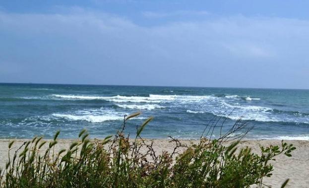 """Търси се  наемател на морски плаж """"Къмпинг Ахелой 2"""""""