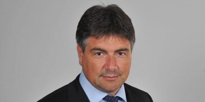 Костадин Марков пита земеделския министър защо закрива фитосанитарната лаборатория в Бургас
