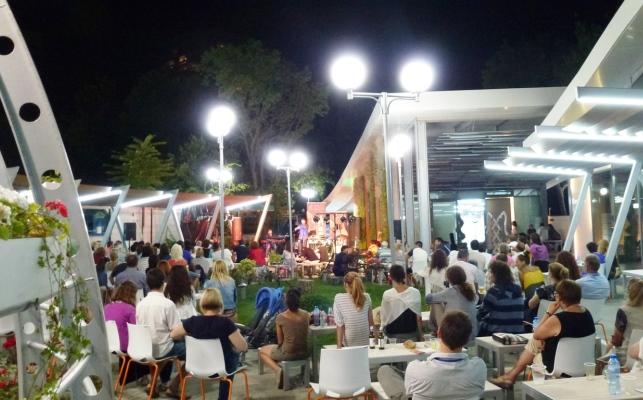 През август в Бургас няма ден без концерт