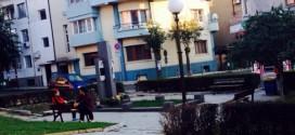 Благоустрояват градинката около Руски паметник
