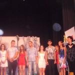 """ДТС """"Светулка"""" към НЧ""""Светлина 1939"""" развълнува публиката с най-новия си спектакъл"""