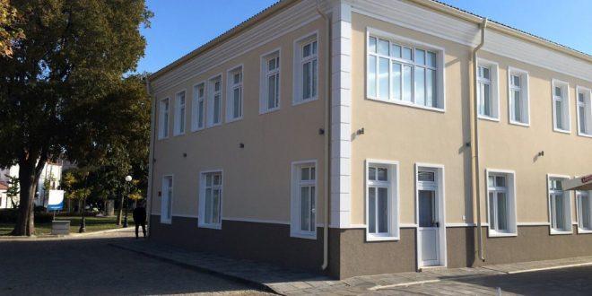 """Една година от откриването на ГХГ """"Дечко Стоев"""" в Поморие"""