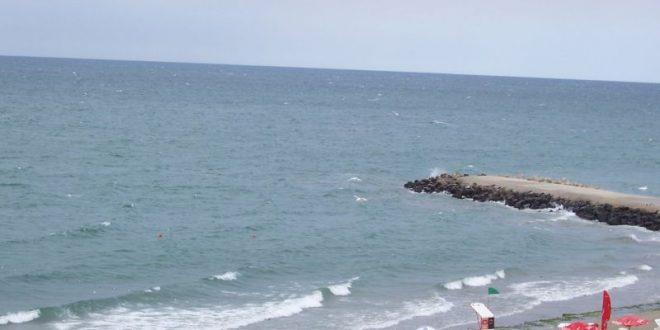Педиатърът съветва: не водете бебета на плаж