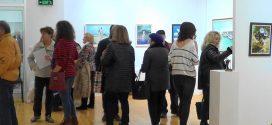 Коледна изложба на поморийски художници /видео/