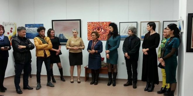 """Никулденска изложба в Галерия """"Поморие"""""""
