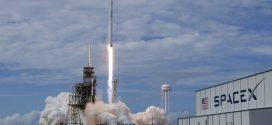 Кой ще пътува първи до Луната след пет години