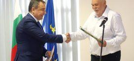 """Красимир Косев представи """"Книга за приятели""""в Несебър"""