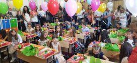 252 деца от община Поморие прекрачиха за първи път  училищния праг
