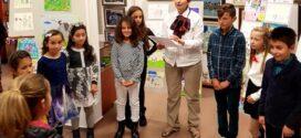Конкурсът за детска рисунка се превърна в истински празник в галерия Поморие /видео/