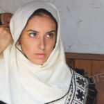 Автентична носия от Еркеч в календар за 2020 година