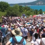 """След повече от два часа опити хората достигнаха плажа в """"Росенец"""""""