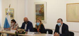 Вицепремиерът Марияна Николова се срещна с туристическия бизнес в Поморие