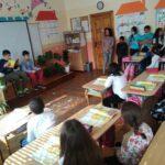 """Ученици от  ОУ """"Христо Ботев"""" – Поморие разказваха за любими приказни герои в седмица, посветена на четенето"""