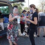 """71 семейства получиха учебници, учебни помагала, препарати за лична хигиена и маски по проект на НЧ""""Просвета 1888″"""