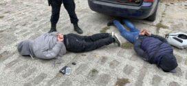 Задържаха двама криминалнопроявени за извършени взломни кражби от апартаменти