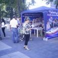 """240 билета за класически концерти раздават на сините шатри в Бургас. Те се дават на бургазлии лично от кандидатите за общински съветници на """"Синята коалиция"""". Билетите са за два класически..."""