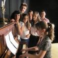 """Възпитаниците на детската музикална школа от НЧ""""Светлина 1939"""" гр. Поморие, с преподавател Елена Илиева, посветиха музикална вечер на Шопен. Един от онези композитори, чието мелодично богатство много трудно може да..."""