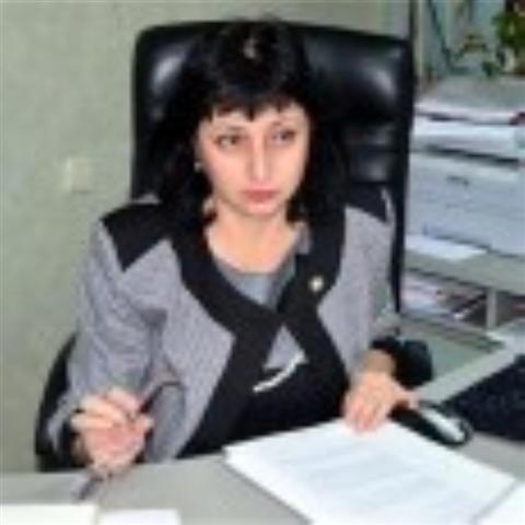 Началникът на бургаското следствие Станелия Караджова вече не е част от екипа, разследващ атентата на летище Бургас, съобщи gramofona.com. Тя е отстранена от наблюдаващия прокурор по делото Калина Чапкънова. Заповедта...